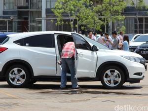 Bau Mobil Baru Berbahaya buat Kesehatan?