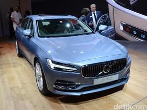 Volvo S90, Selangkah Menuju Mobil Tanpa Sopir