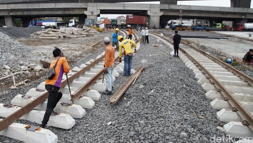 Kemenhub Aktifkan Jalur Kereta Eks Belanda Besitang-Binjai 80 Km