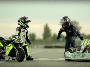 Lucunya, 2 Anak Balapan dengan Kart dan Motor Mini di Sirkuit