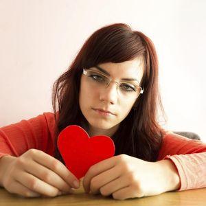 Si Dia Belum Juga Katakan Cinta, Haruskah Nyatakan Perasaan Duluan?