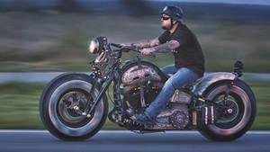 Harley-Davidson Ini Tampil Penuh Tato