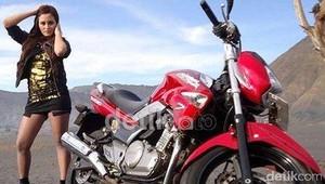 Penjualan Motor Sport Naik, Suzuki: Demo Buruh Saja Pakai Motor Sport