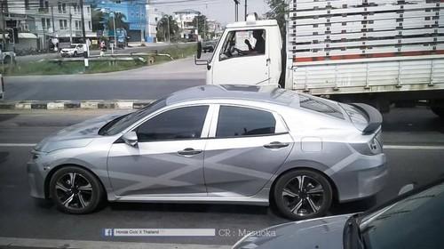 New Honda Civic Tertangkap Kamera di Thailand