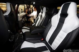 SUV Tercepat Dunia Datang ke Jakarta