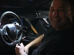 Ultah ke-50, Ayah Ini Dihadiahi Corvette Z06