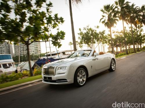 Mobil Terseksi Rolls-Royce Paling Cepat Dikirim ke Orang Kaya Indonesia Tahun Depan