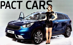 Model Cantik Geneva Motor Show