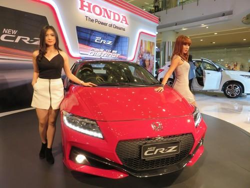 Honda: CR-Z Adalah Mobil Hybrid yang Sukses