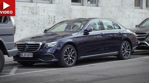 Sama Seperti BMW Seri 7, Mercy E-Class Bisa Parkir Otomatis