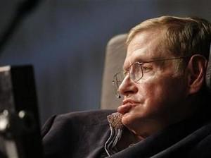 Stephen Hawking Jadi Penjahat di Iklan Mobil