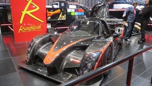 5 Supercar yang Memukau di Geneva Motor Show 2016