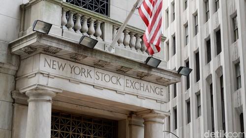Warren Buffett Beli Saham Apple, Wall Street Naik 1% Lebih
