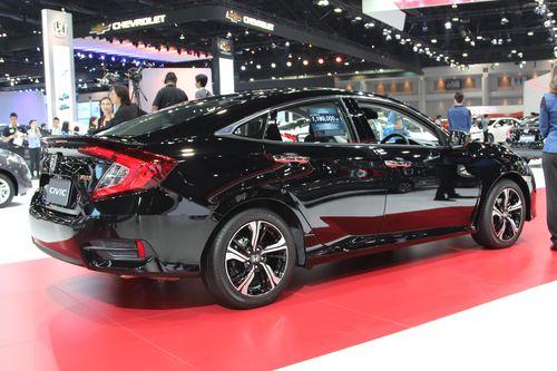 Honda Civic Generasi Terbaru Hadir di Bangkok - 2