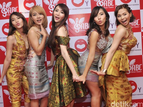 93250679 14d9 4c24 8fe5 f2e412e9b071 43 » A Better Chance, Idol Group Para Mantan Personel Cherrybelle
