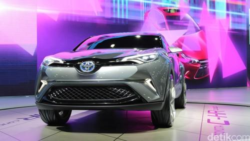 Kapan Bawa C-HR ke Indonesia, Toyota?