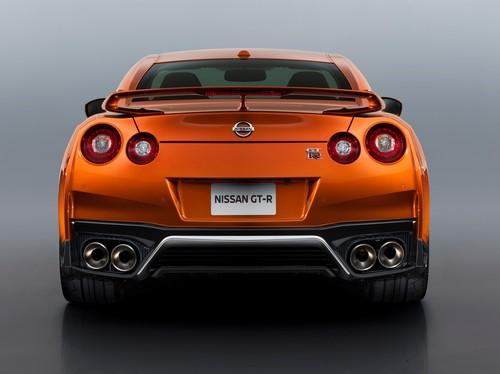 Si Godzila Nissan GT-R Lebih Segar