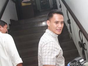Barang-barangnya Hilang di Dalam Mobil, Choky Sitohang Lapor Polisi