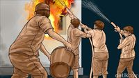 Kebakaran di Cawang Padam, 3 Rumah dan Pabrik Roti Ikut Terdampak
