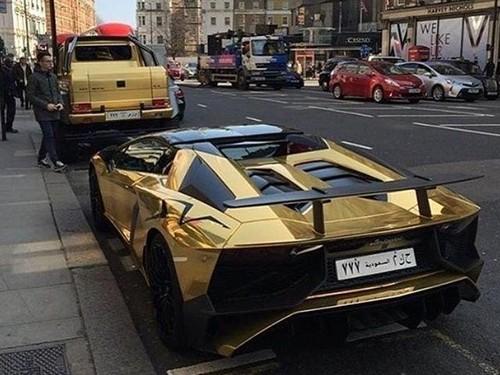 Ketika Mobil Mewah Milik Miliarder Arab Mejeng di Eropa