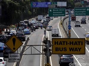 Kemenperin: Jalanan Macet Tidak Ada Hubungannya dengan Industri Mobil