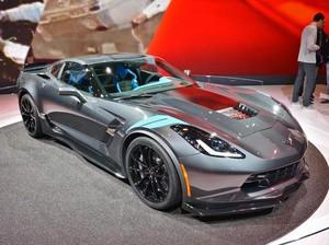 Produksi Pertama Corvette Grand Sport Dilelang