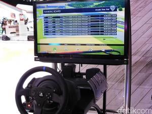 Balap Mobil di Booth Nissan Bisa Dapat PS4