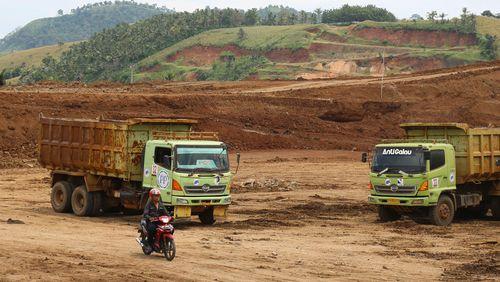 Jokowi: Saya Minta Tol Trans Sumatera Bagian Aceh Dimulai Tahun Ini