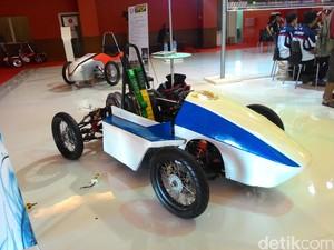 Mahasiswa Politeknik Negeri Jakarta Ingin Bikin Mobil Listrik Sendiri