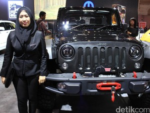 Cerita Sales Mobil Berhijab