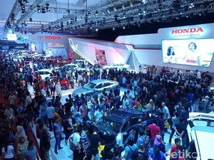 IIMS Bukukan Rp 3 Triliun, 11.275 Mobil Terjual