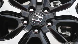 Honda Tarik 668.000 Unit Terkait Airbag Takata di Jepang