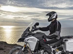 Rayakan 90 Tahun, Ducati Cari 7 Biker untuk Keliling Dunia