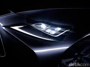Sedan Sport Lexus IS Mulai Menggoda