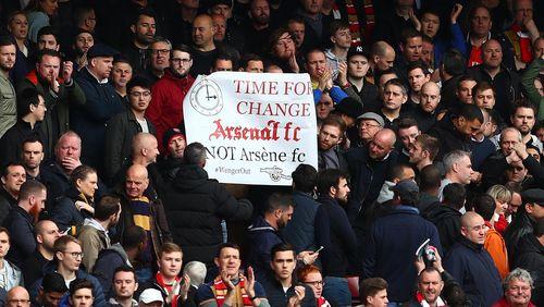 Arsenal Gagal Juara, Wenger Kritik Fans