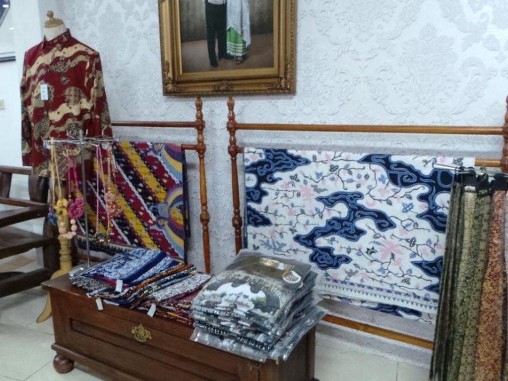 Ini Tempat Belanja Batik Khas Sunda di Bandung