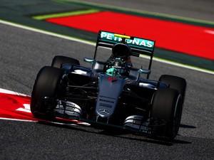 Rosberg Terkena Penalti dan Turun ke Posisi Ketiga