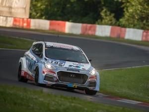 Hyundai Uji Mesin Turbo Baru di Nurburgring 24 Jam