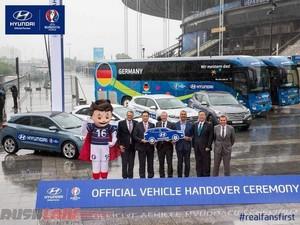 Hyundai Serahkan Ratusan Mobil untuk UEFA Euro 2016
