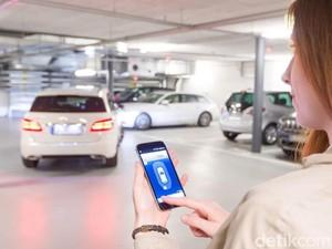 Parkir Mobil Kini Bisa Pakai Smartphone