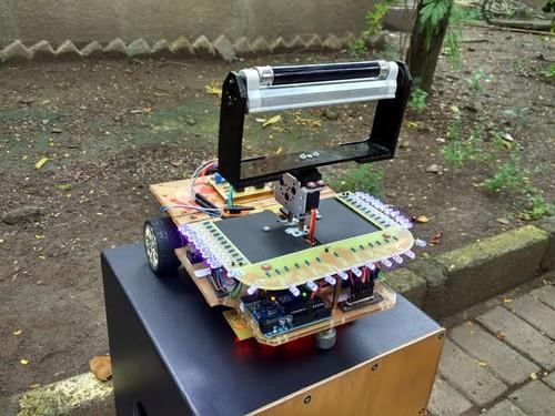 Mahasiswa Unair Ciptakan Robot Pensteril Kamar Operasi