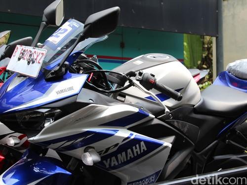 Yamaha Minta Pengguna R25 dan MT-25 Datang ke Diler Mulai 12 Juli 2016