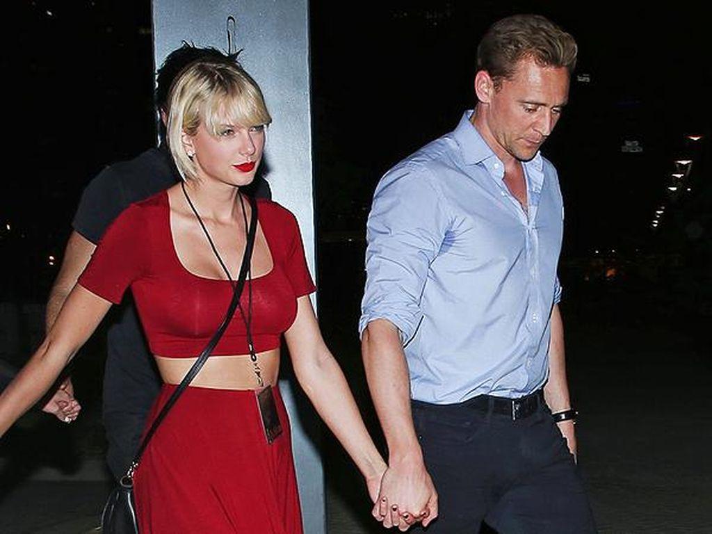Baru Sebulan Pacaran Taylor Swift Kenalkan Kekasih ke Orangtua, Pantaskah?