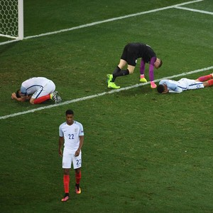 Gerrard: Inggris Ulangi Kesalahan Masa Lalu
