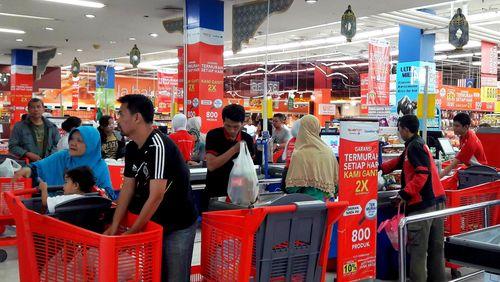 Hari Pertama Lebaran, Transmart Carrefour Buka Pukul 12.00-22.00