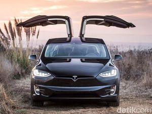 Bos Tesla Tegaskan Penyebab Kecelakaan Tesla Model X Bukan Autopilot
