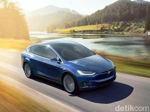 Tesla Luncurkan Mobil