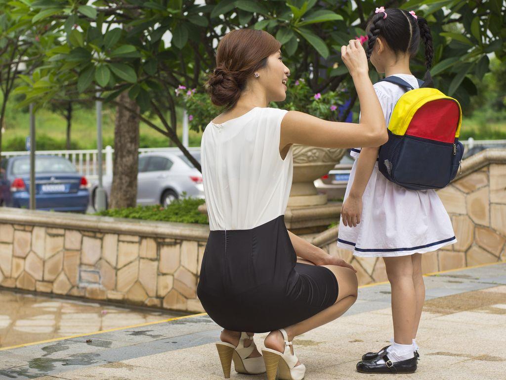 Anak Takut ke Sekolah, Apa ya Sebabnya?