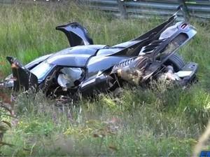 Koeniggsegg One:1 Hancur dan Terbakar Saat Diuji Coba