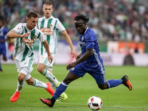 Moses Berharap Masuk Daftar Pemain Andalan Conte
